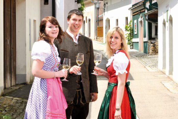 Auch am rechten Donaufer wird gefeiert, z. B. in Höbenbach